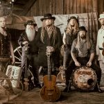 "KORPIKLAANI Release New Single ""Kotikonnut"""