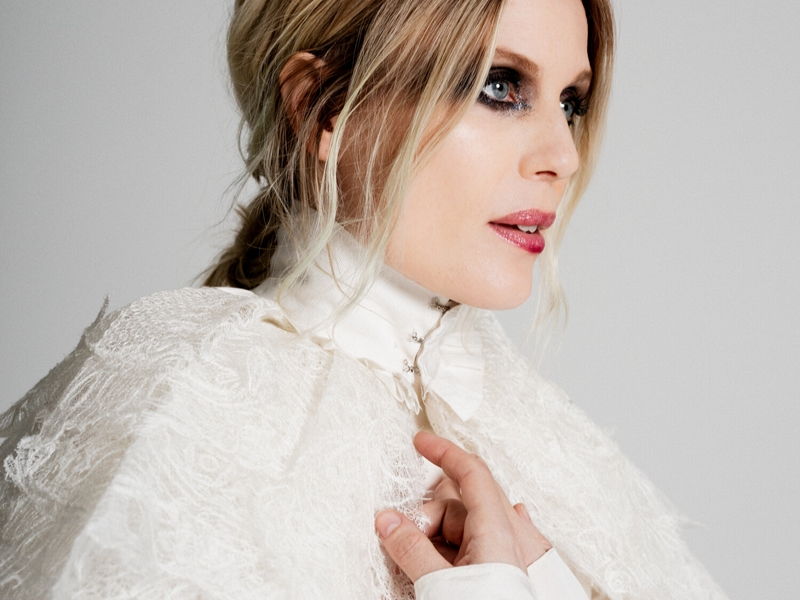 "MYRKUR Announces New Album ""Folkesange"" and Reveals First Single ""Ella"""